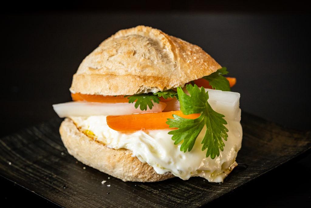 Do Chua (Vietnamese Daikon and Carrot Pickles)